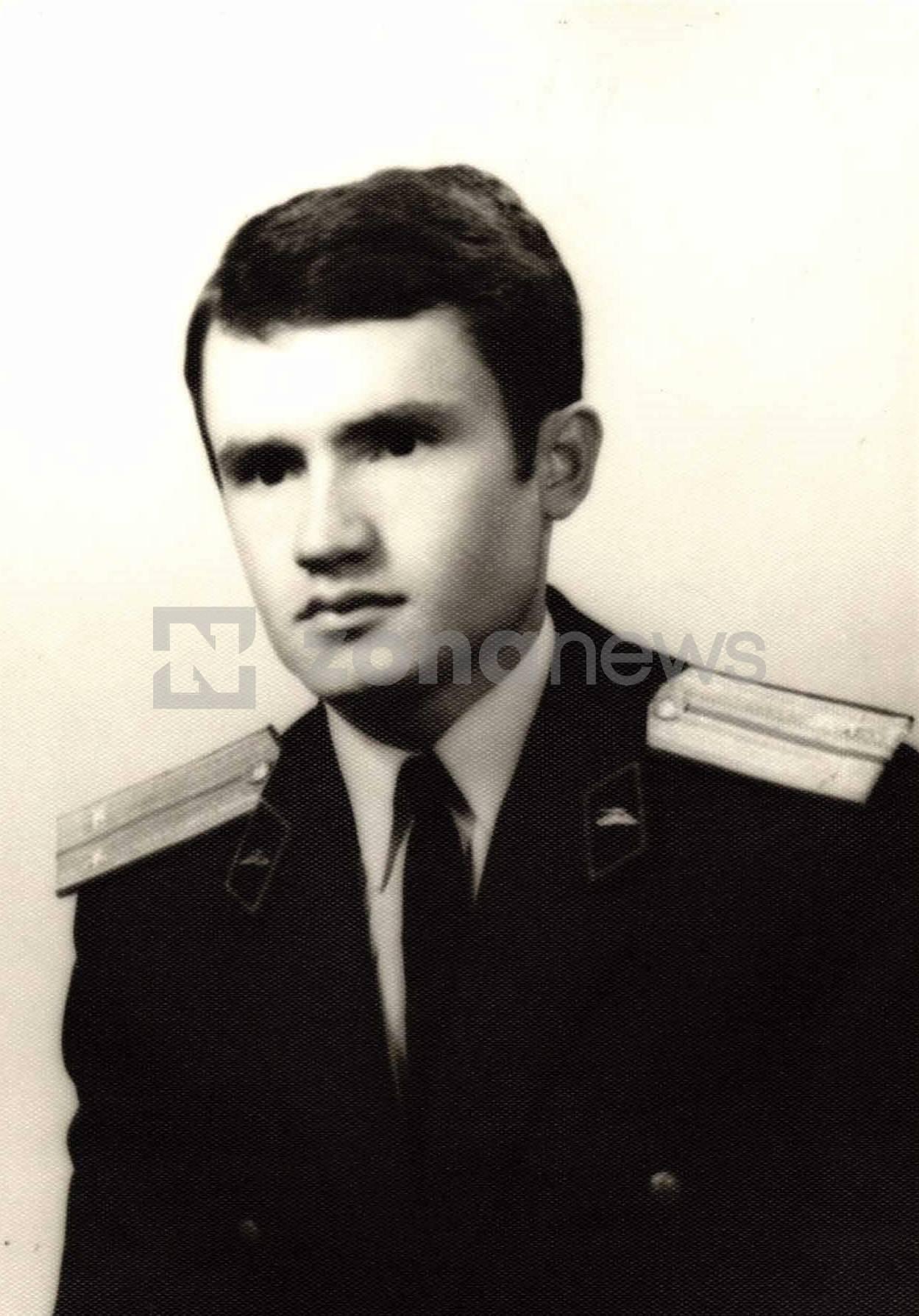 Стефан Стефанов като оофицер от РУ-ГЩ