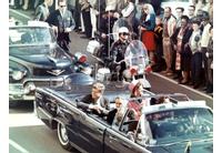 Джон Кенеди секунди преди да бъде застрелян