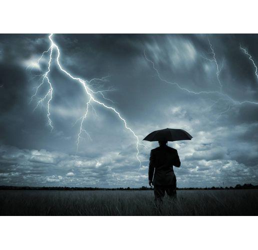 Дъжд и гръмотевици