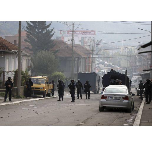 Косовската полиция срещу сръбската контрабанда