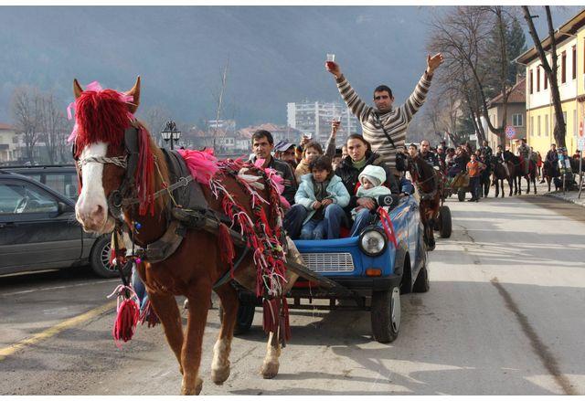 Банго Васил е - ромската Нова година