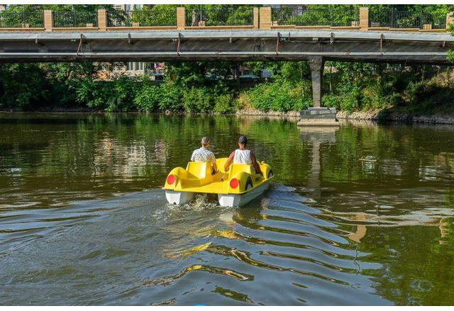 Безплатни разходки с водни колела по река Тунджа в Ямбол