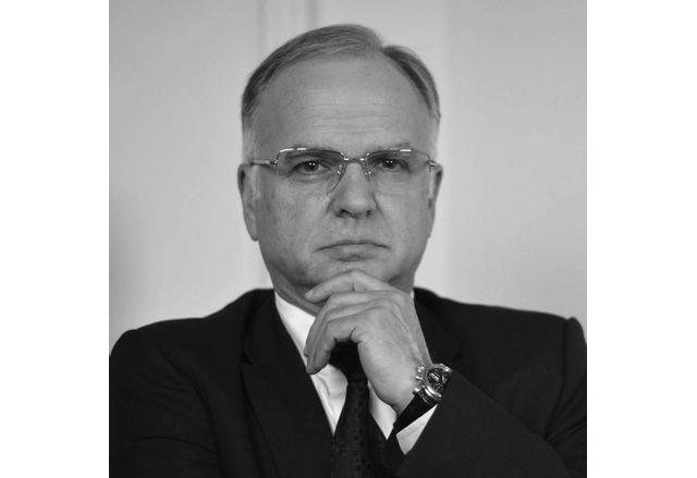 Боян Чуков