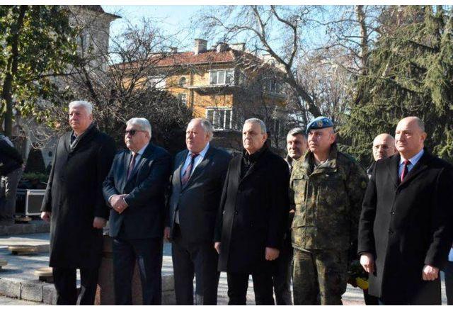 В Пловдив отбелязаха 167 г. от рождението на Стефан Стамболов