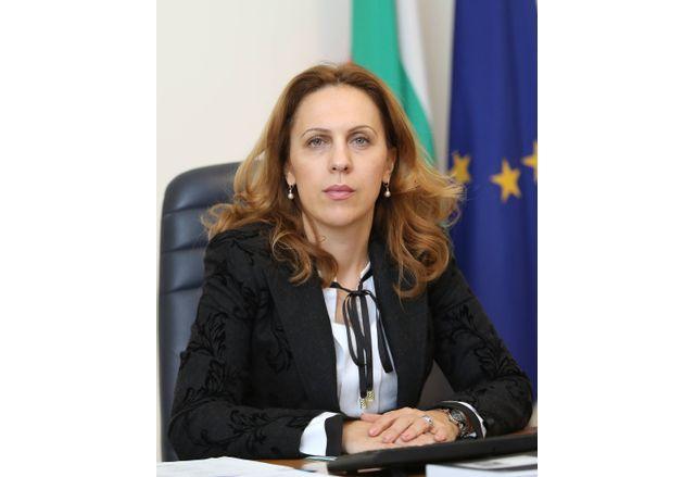 Вицепремиерът Марияна Николова