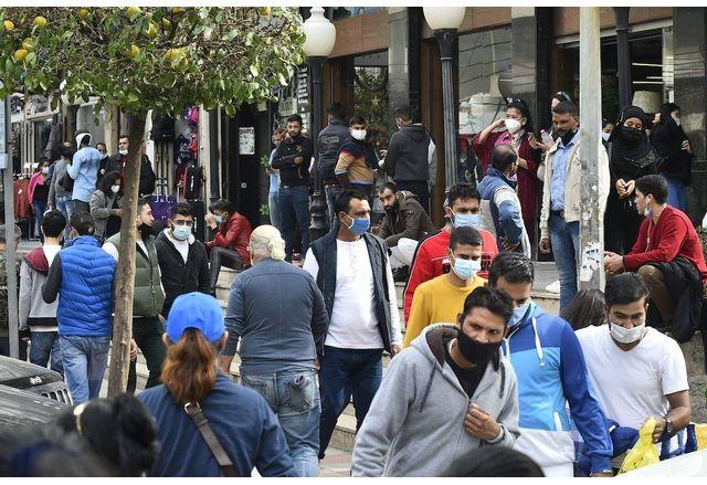 Денонощен комендантски час затваря Ливан за 11 дни заради коронавирусен бум