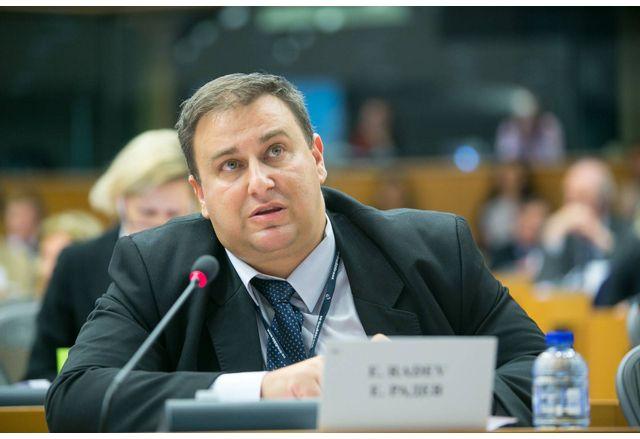 Евродепутатът Емил Радев