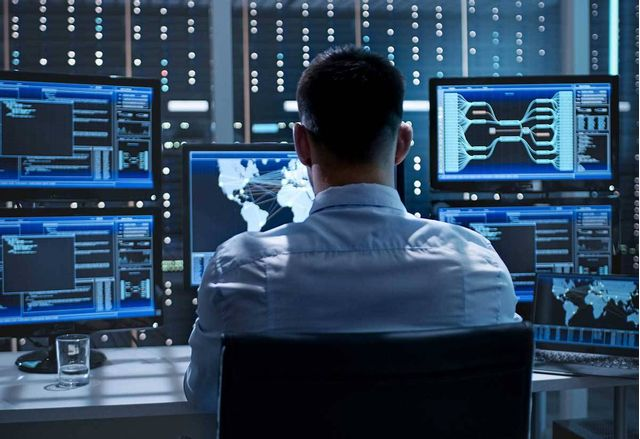 Екипите по киберсигурност прегарят, а атаките не спират
