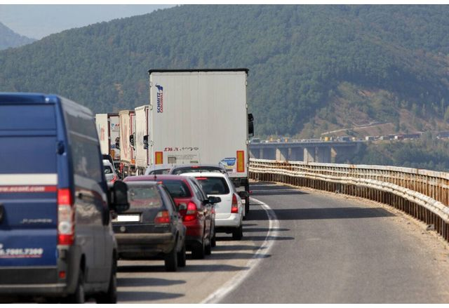 Задръстване по магистрала