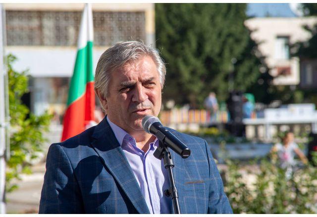Кметът на Община Мездра инж. Иван Аспарухов