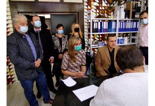 Коалиция ГЕРБ-СДС Пазарджик регистрира листата си в РИК за участие в изборите