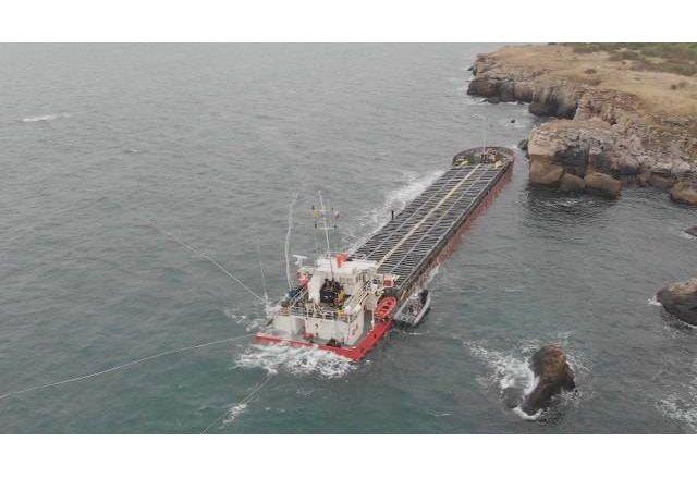 Корабът Вера Су потъва. Чака ни екологична катастрофа