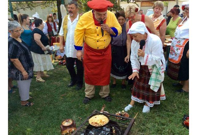 Кадър от миналогодишен кулинарен фестивал в с. Васил Друмев