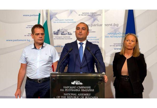Лъчезар Борисов, Александър Иванов, Дани Каназирева