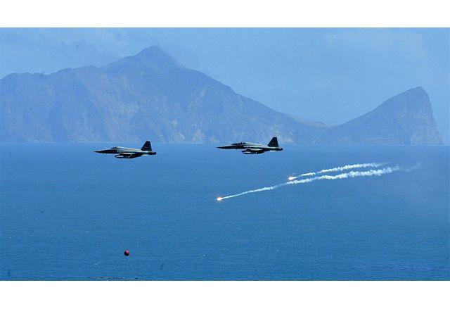 Напрежението между Китай и Тайван ескалира