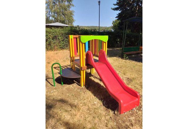 Община Ловеч закупи общо шест нови детски съоръжения