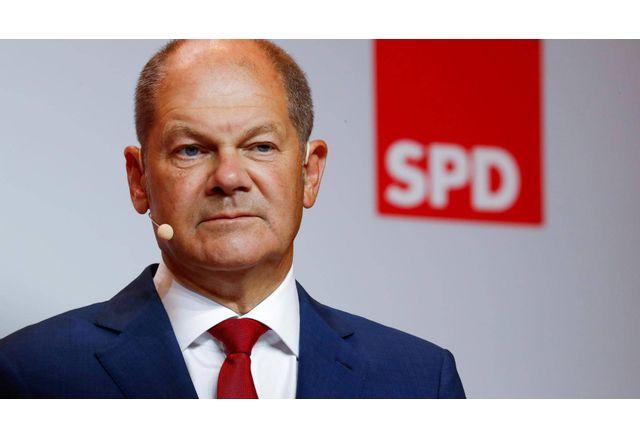 Олаф Шолц, лидер на ГСДП