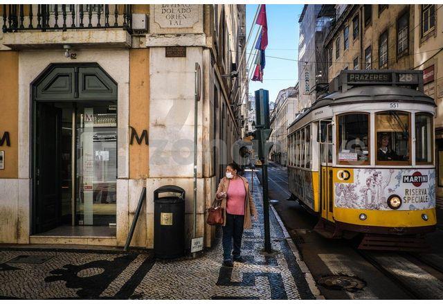Португалският премиер Антониу Коща обяви трета вълна на коронавирус в страната