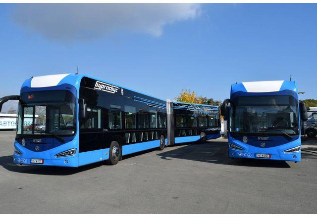 Представиха първите нови електроавтобуси на Бургас
