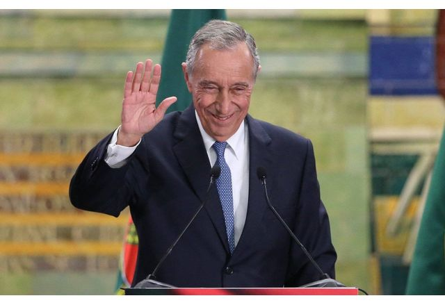 Президентът на Португалия Марселу Ребелу де Соуза