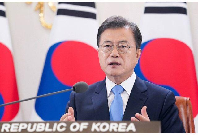 Президентът на Южна Корея Мун Дже Ин