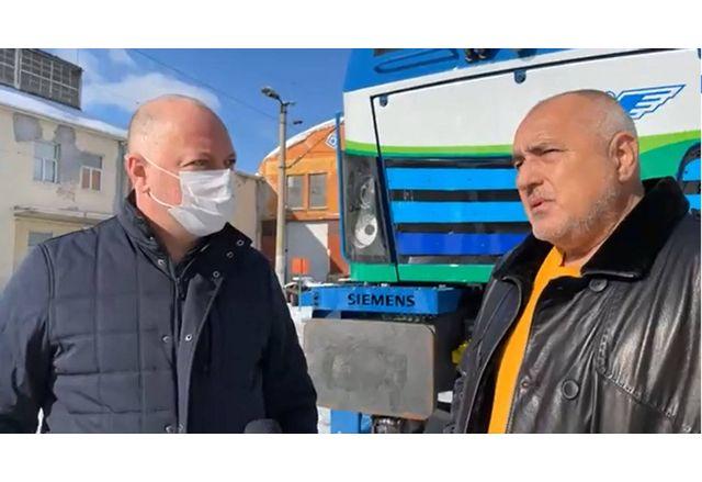 Премиерът Борисов и транспортният министър Желязков