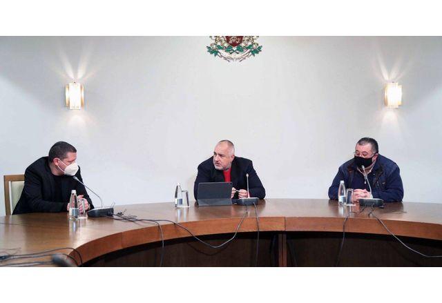 Премиерът Борисов-Искър да започне да се чисти от утре, до последния отпадък