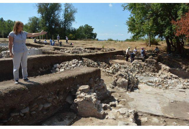 Разкопките край село Каснаково