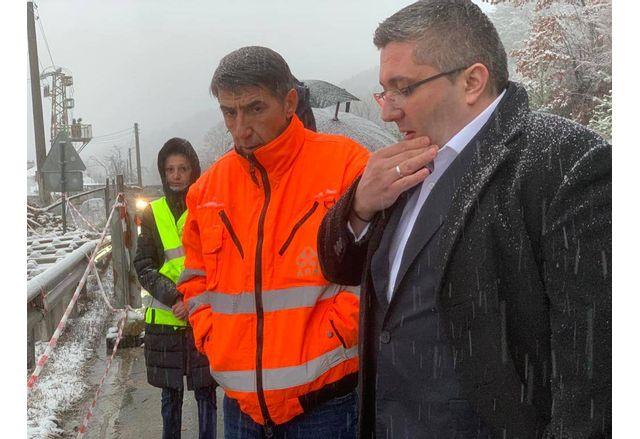 Спокойно може да се пътува по пътя към Банско съобщи заместник-министърът на регионалното развитие и благоустройството Николай Нанков