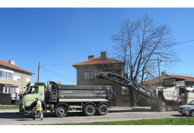Стартираха уличните ремонти в Шумен