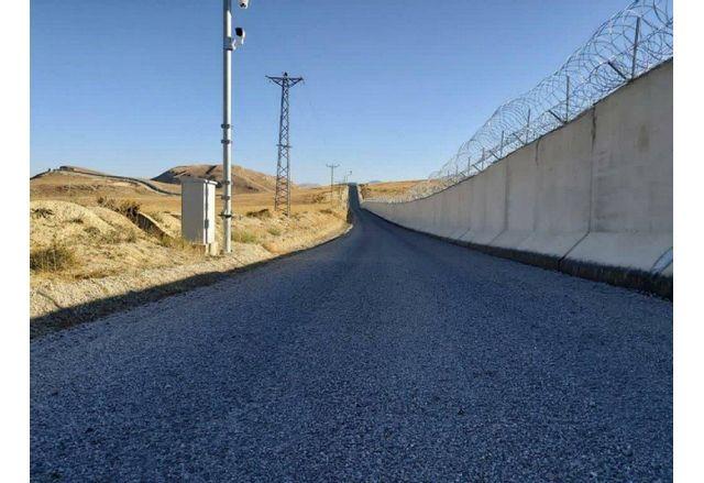 Стената между Турция и Иран