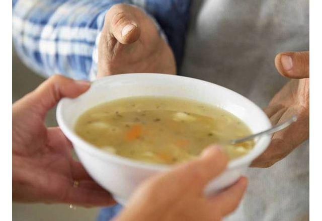 Топъл обяд в Община Опака