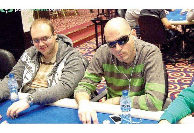 Цанко Арабаджиев (вдясно)