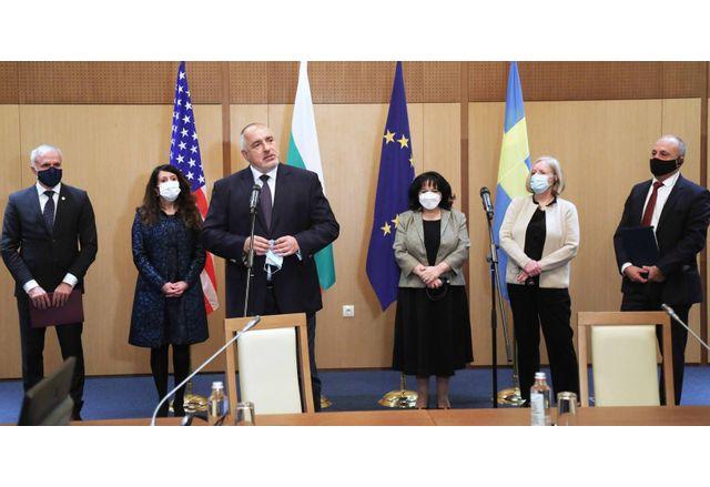 """Церемонията по подписването на договора между АЕЦ Козлодуй и компанията """"Уестингхаус Електрик"""" - Швеция"""