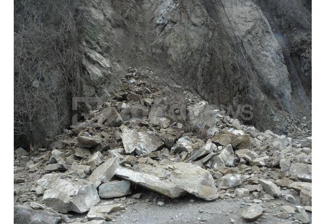 укрепителни дейности на пътя за Рилския манастир са предотвратили много по-голям срутищен процес