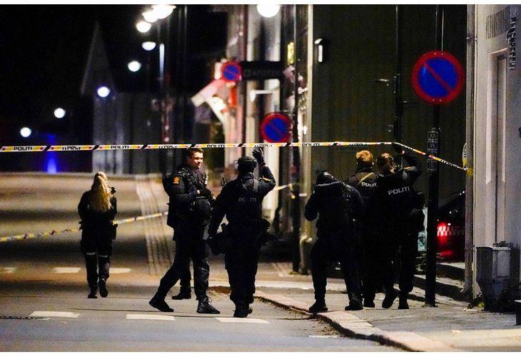 Норвежката полиция търси нападателя