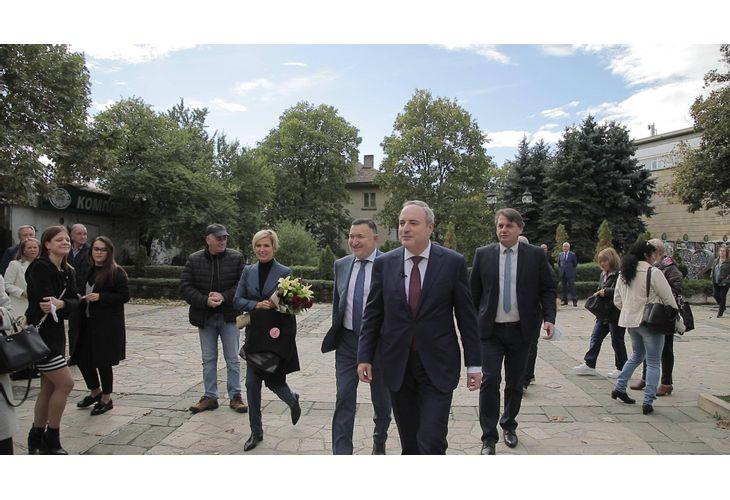 Откриване на кампанията на проф. Анастас Герджиков и полк. Невяна Митева
